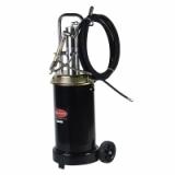 Нагнетатель смазки RF-TRG2095 пневматический перекатной под закладку 17кг(50:1, производительность: 0-0.8 л/мин, давление смазки: 400bar) ROCKFORCE /1